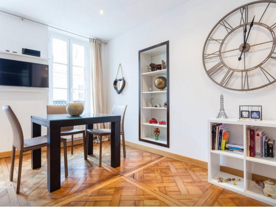 location appartement particulier saint germain en laye. Black Bedroom Furniture Sets. Home Design Ideas