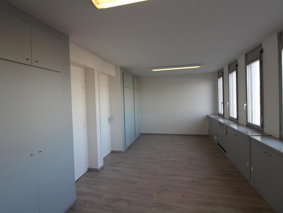Locaux - Bureaux PESSAC  406  �