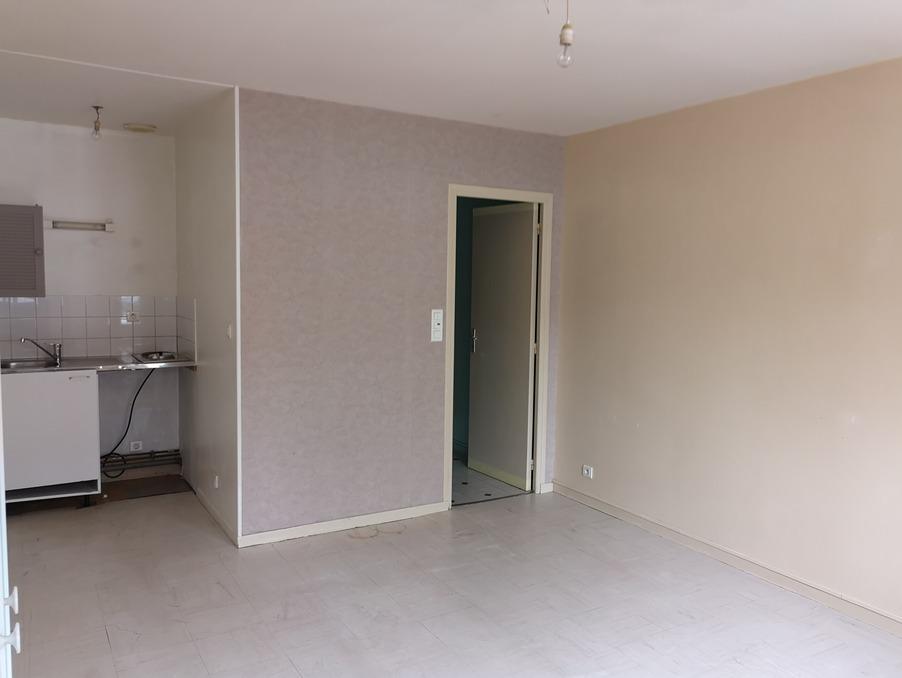Appartement ABBEVILLE  400  �