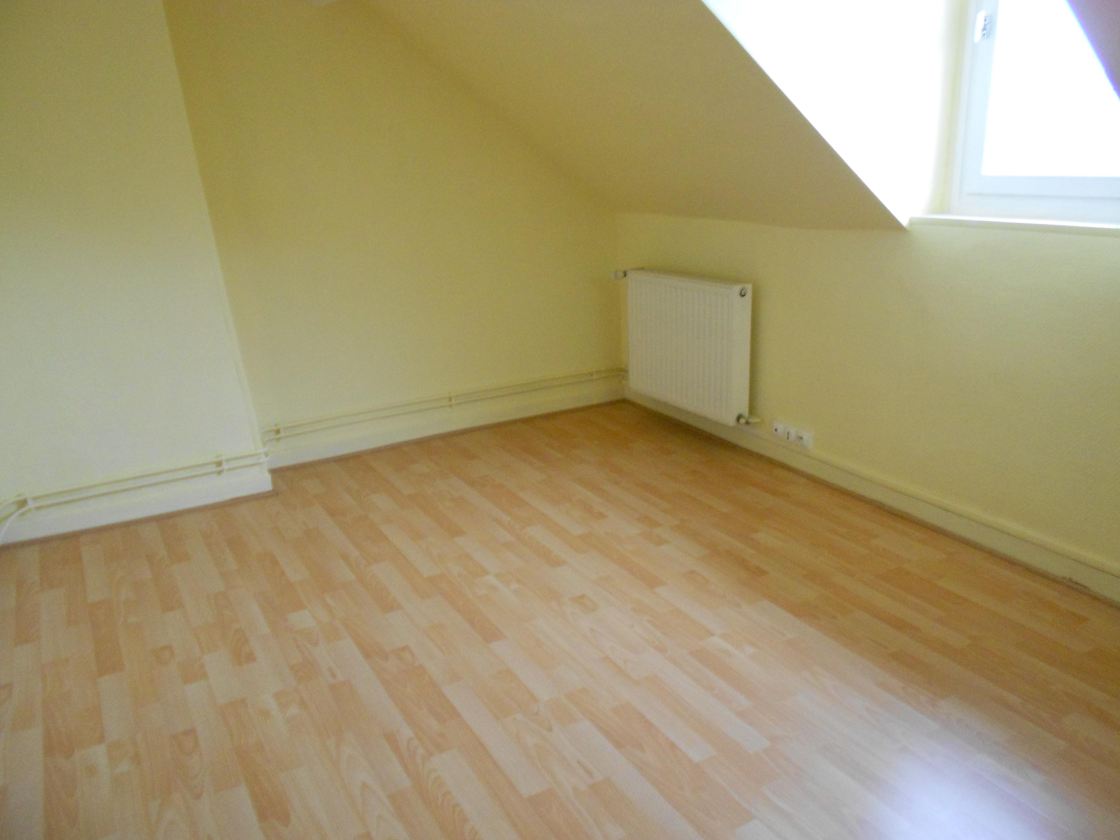 location maison 4 pièces ST ETIENNE DU ROUVRAY 76800