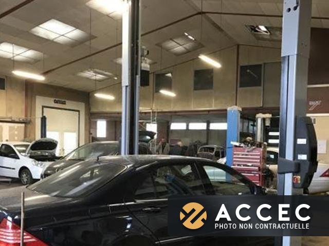 Commerce carrosserie 640m2 - Entreprise de Services