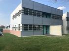 Location professionnel 385 m²