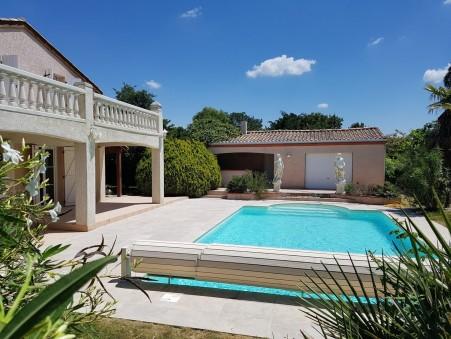 maison  525000 €
