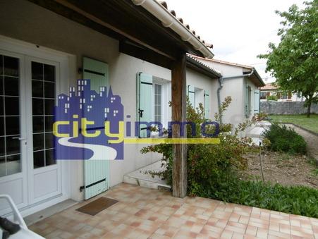 Vente Maison CHAMPNIERS Réf. 3692 - Slide 1