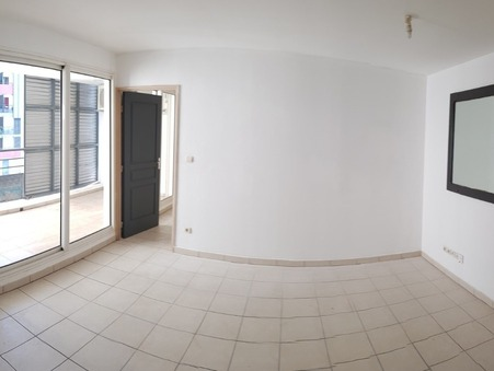 Vente Appartement SAINTE-CLOTILDE Réf. 2452019V3 - Slide 1