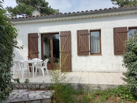 Location vacances appartement GRAND VILLAGE PLAGE 40 m²  453  €