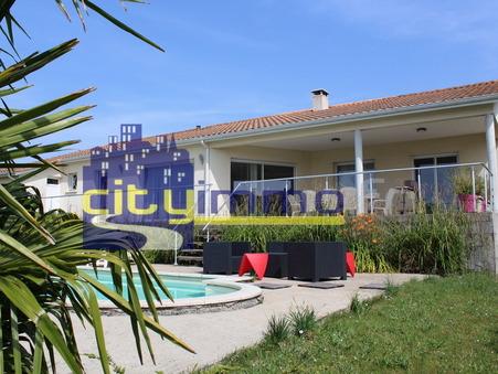 Vente Maison RUELLE SUR TOUVRE Réf. 3696 - Slide 1