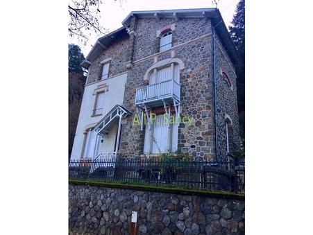Vente Maison Saint-Nectaire Réf. 131202 - Slide 1