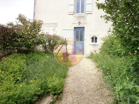 location maison BRIGUEUIL 58m2 461€
