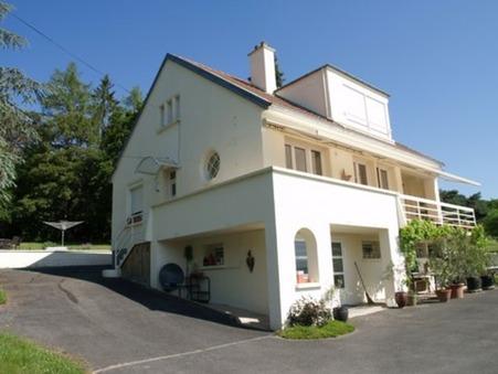 maison  294000 €