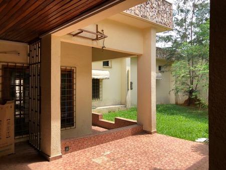 Vente Maison Abidjan Réf. 0016 - Slide 1