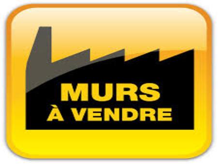 Local sur Saintes ; 107000 € ; A vendre Réf. 1226