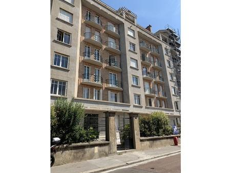 location appartement VERSAILLES 43.19m2 910€