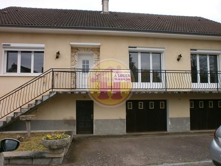 location maison ROCHECHOUART 132m2 700€