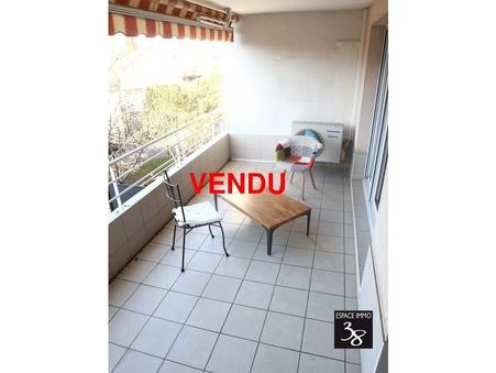 Appartement sur Saint-Martin-d-Heres ; 160000 €  ; A vendre Réf. DdA2022