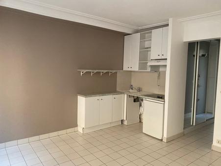Appartement sur Paris 17eme Arrondissement ; 880 €  ; Location Réf. lebouteux 1