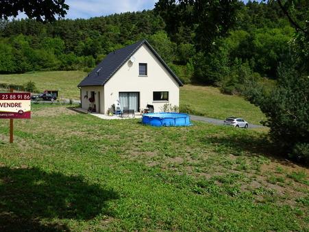 Vente Maison CHAMBON SUR LAC Réf. 131240 - Slide 1