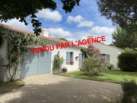 BOURGNEUF EN RETZ  440 000€