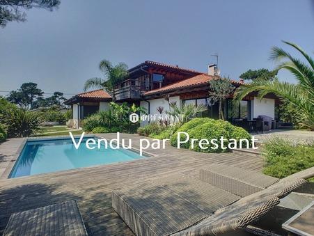 vente maison ANGLET 300m2 2310000 €