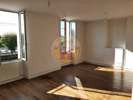location appartement Saint-Junien 96m2 615€