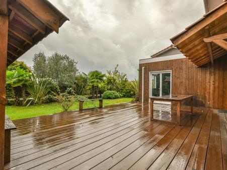 A vendre house Mios 33380; € 390000