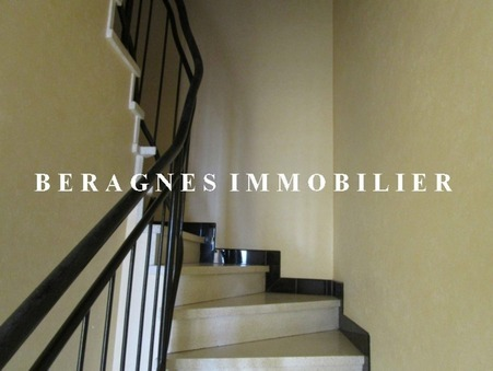 Location Maison Bergerac Réf. 246890 - Slide 1