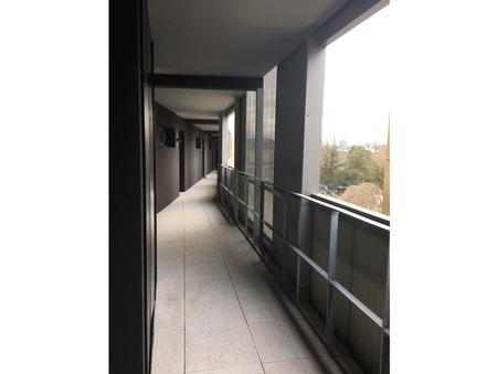 Fisrt slide