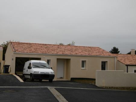 Neuf sur Saintes ; 730 €  ; Location Réf. SG1563