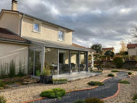 House € 329000  Réf. 73A Saint-Jean-d-Ardieres