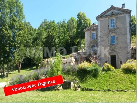 maison  263000 €
