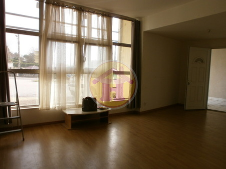 location appartement ROCHECHOUART 65m2 470€