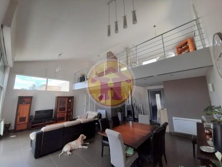 vente maison Saint-Junien 199m2 364000€