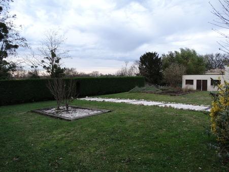 Maison sur Salleboeuf ; 190000 €  ; Achat Réf. CIN42-1