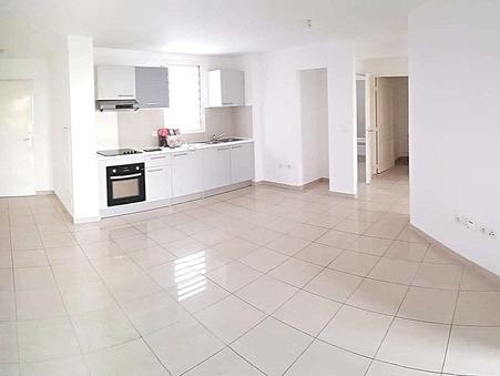 A louer appartement 769 €  La Possession