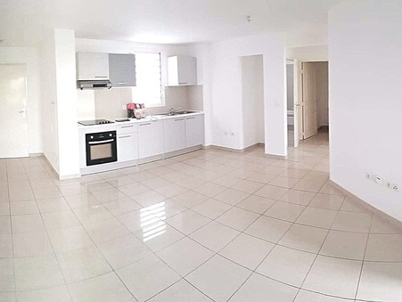 A louer appartement 769 €  La Possession