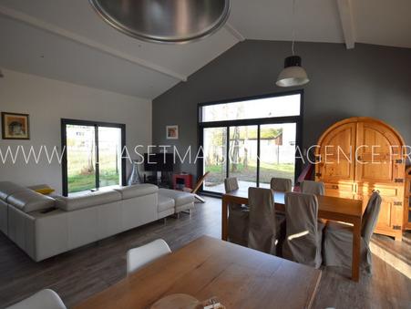 House sur Ares ; € 698250  ; Achat Réf. FB228
