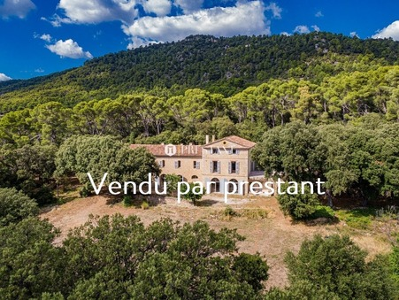 vente maison AUPS 550m2 1780000 €