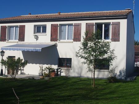 Maison 190800 € sur Saintes (17100) - Réf. SG1629