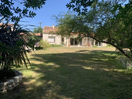 House sur Salles sur Mer ; € 714150  ; Achat Réf. 670