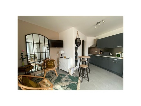 A louer pour vacances appartement LE CHATEAU D OLERON 25 m²  366  €