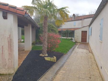 Saint-Savinien  667 800€