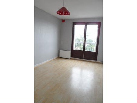 appartement  717 €