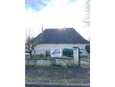 Maison sur Perigueux ; 900 €  ; A louer Réf. LASS