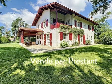 vente maison BASSUSSARRY 270m2 2050000 €