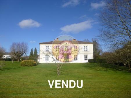 vente maison Saint-Junien 282m2 447200€