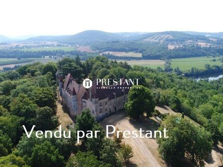 vente chateauSAINT CYPRIEN 800m2 0€