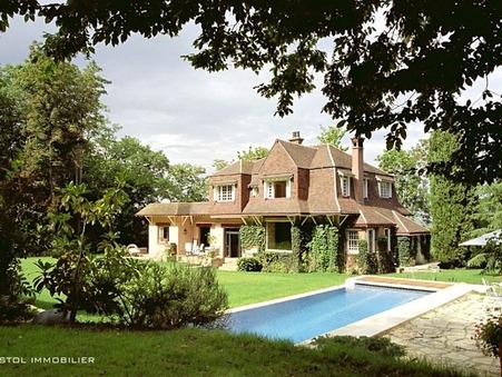 Vente Maison LOUVECIENNES Réf. 1011 - Slide 1