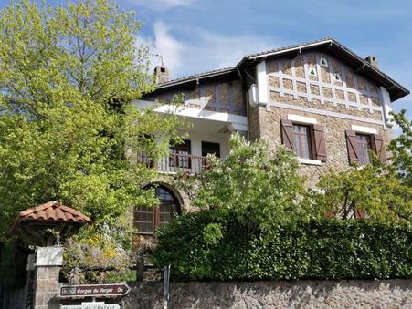 Bourganeuf  148 000€