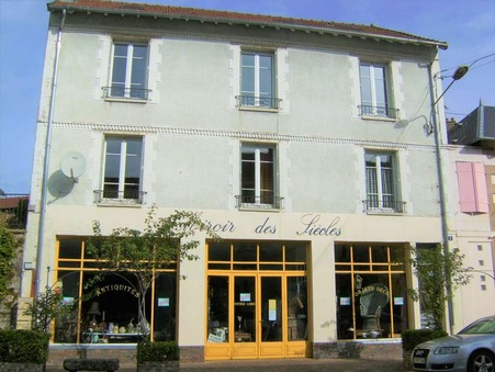 Bourganeuf  196 100€