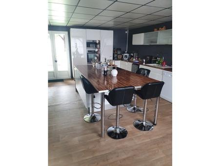 Vente maison 135900 € Pont d'Ouilly